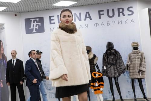 Показ шуб фабрики Елены Фурс