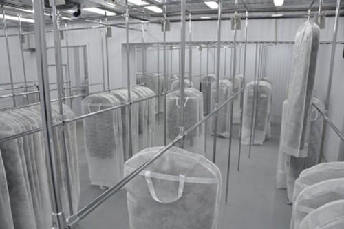 Холодильник для хранения шуб на фабрике