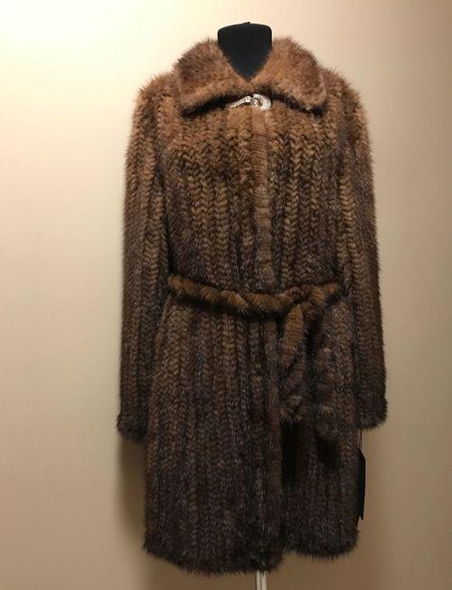 Пальто (шуба) из вязаной норки