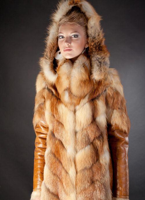 Шуба из лисы - комбинированная модель