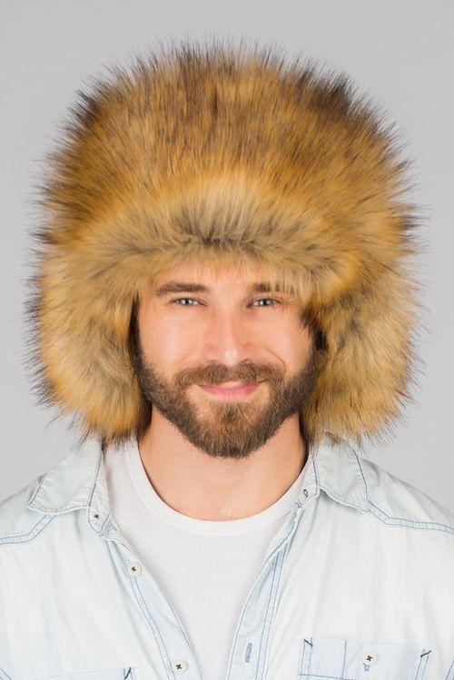 Мужская шапка из меха рыжей лисы