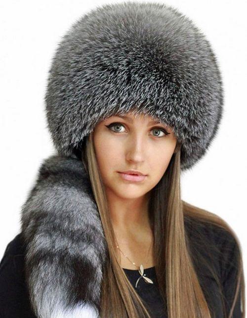 Лучшие модели шапок из меха в этом сезоне