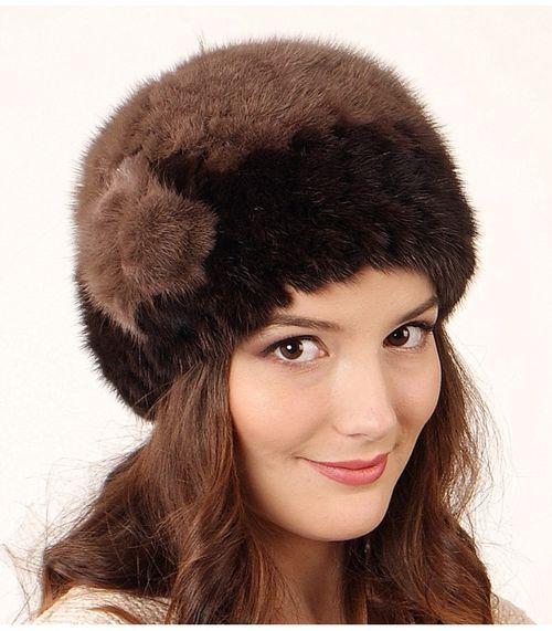 Стильные шапки из вязаной норки