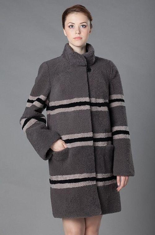 Пальто серое из меха овчины