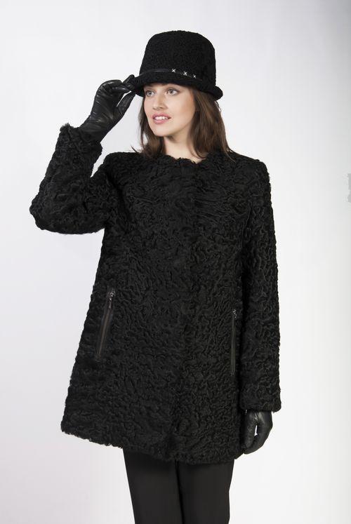 Черное каракулевое пальто